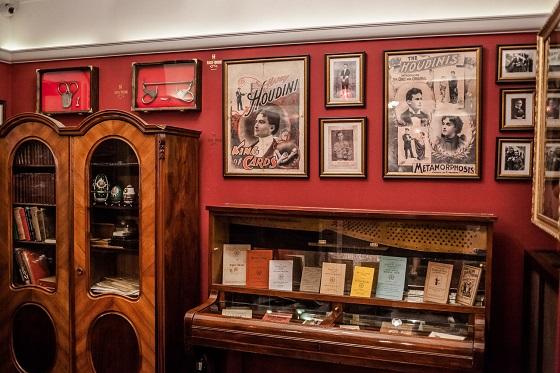 reisen, Budapest, Museum, Houdini, Städtetrip, alleine reisen als Frau