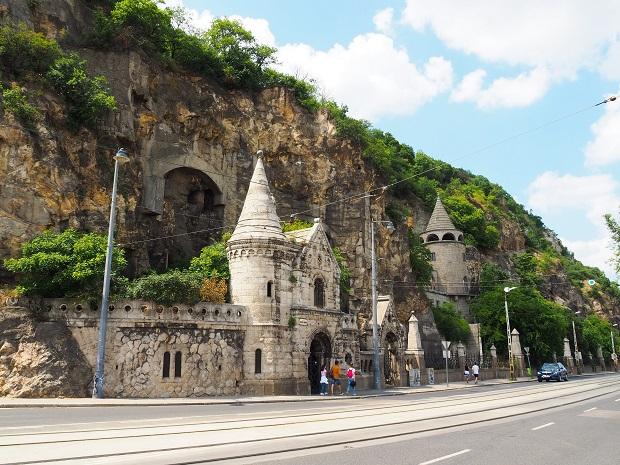 reisen, Städtetrip, alleine reisen, Europa, Ungarn, alleine reisen als Frau, Backpacking, Rucksackreisen, Sehenswürdigkeiten, Gellert Hill Cave